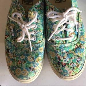 Summertime flowers Vans